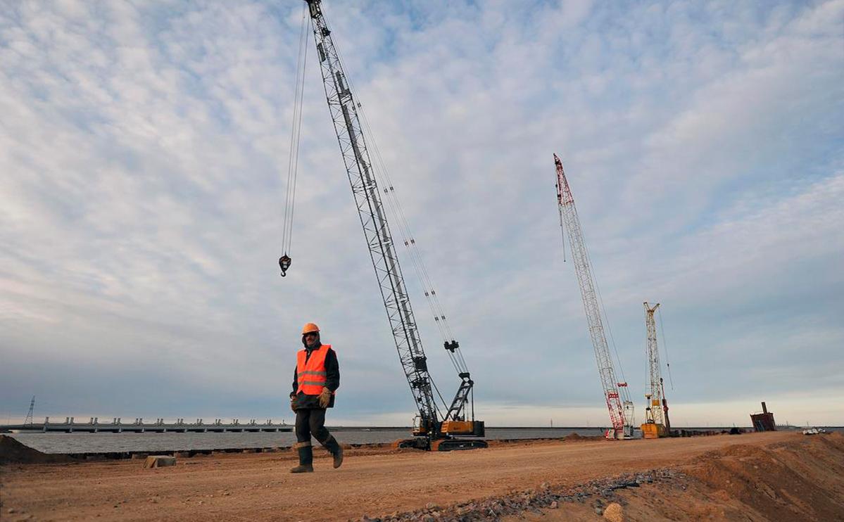 Строительство порта «Бронка»