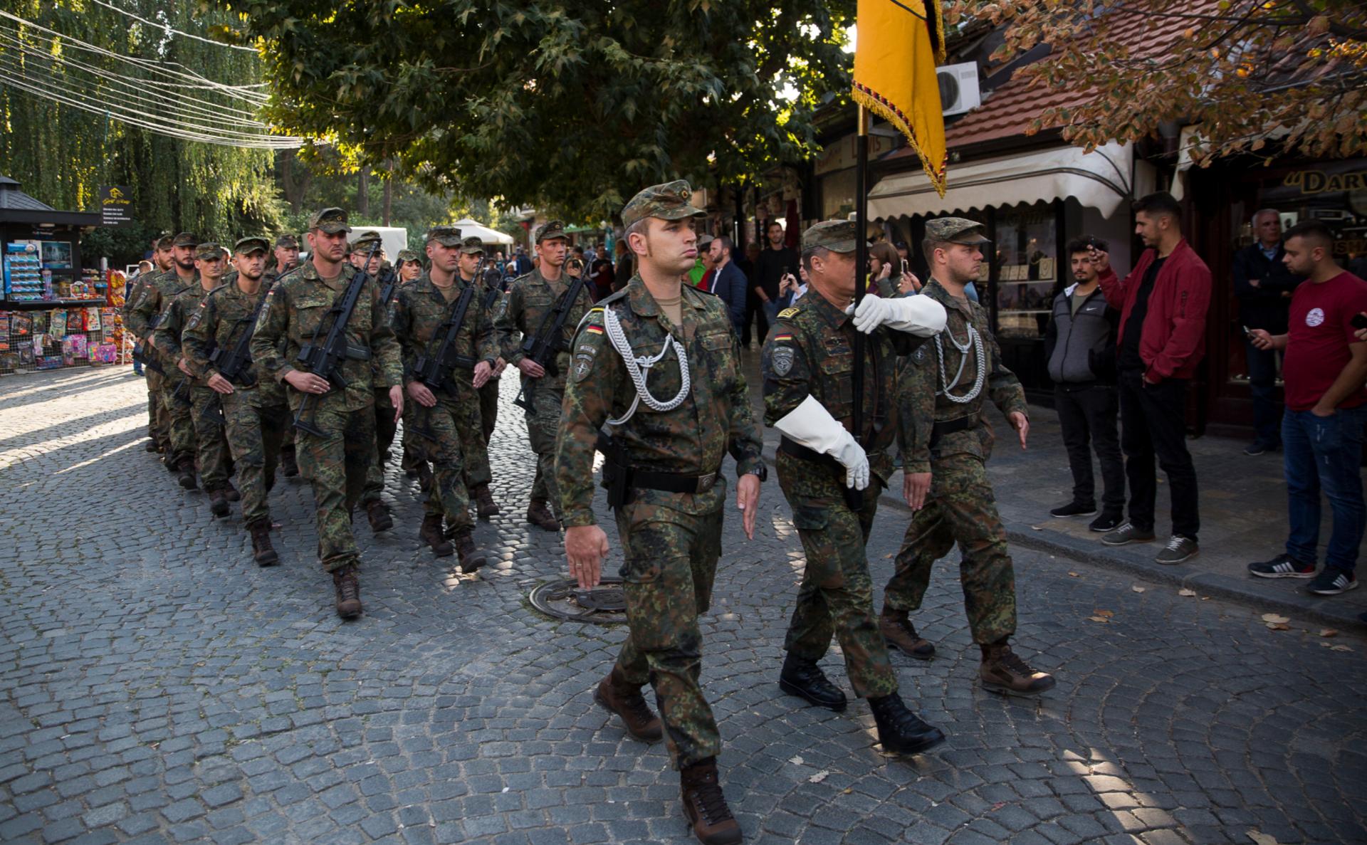 Немецкие солдаты международных сил под руководством НАТО в Косово