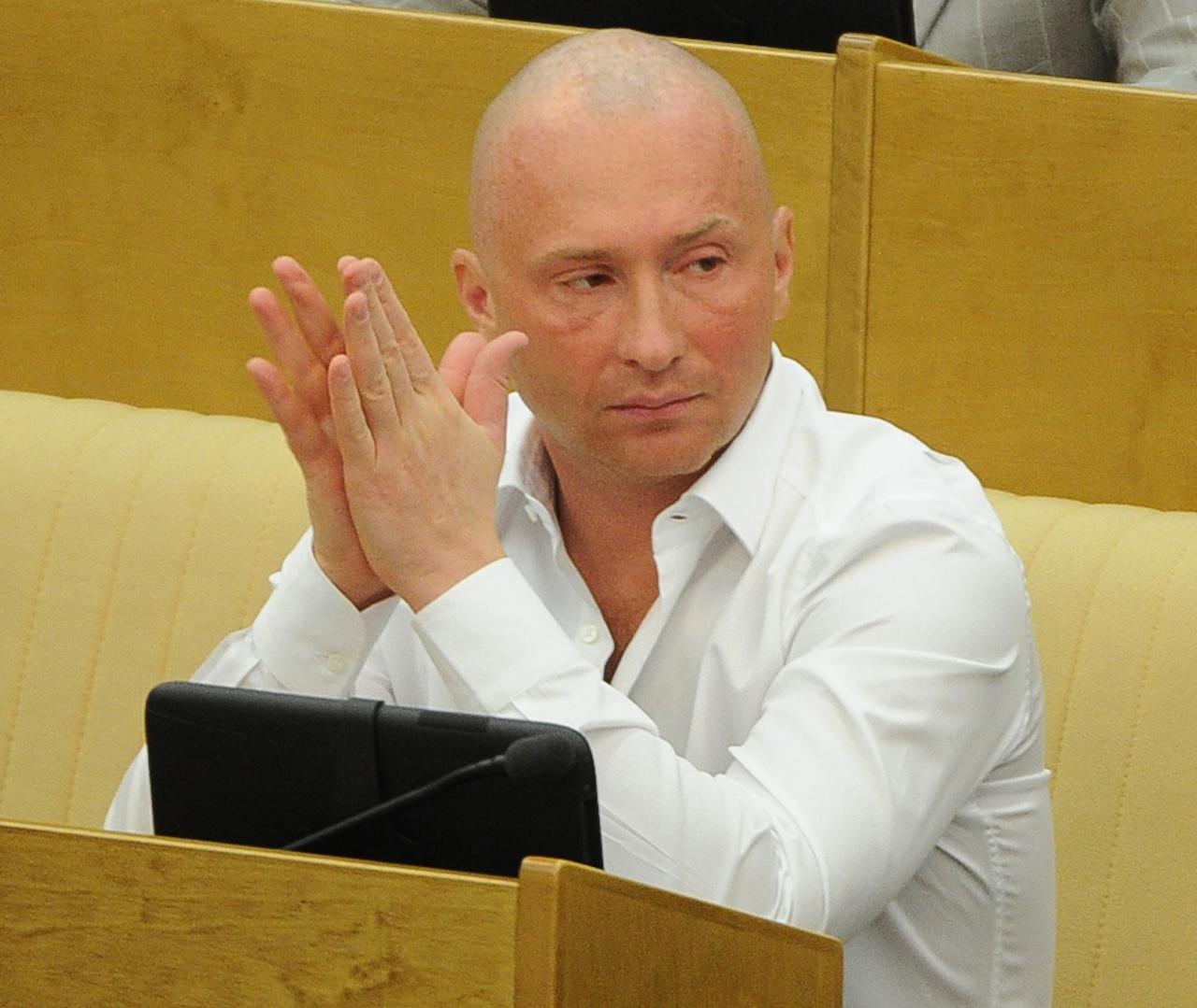 том, игорь лебедев депутат госдумы рф фото минусов ставил