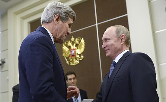 Госсекретарь США Джон Керри и президент России Владимир Путин (слева направо)