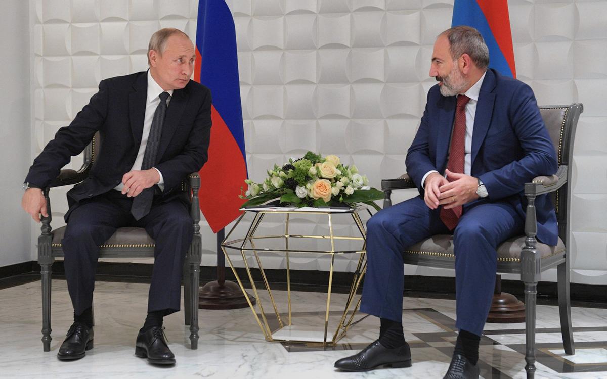 Владимир Путин иНикол Пашинян