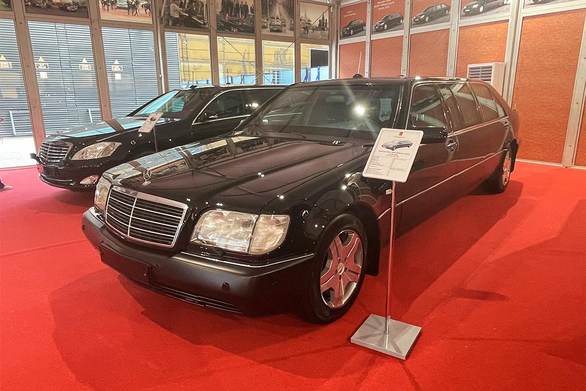 <p>Mercedes-Benz S600 Pullman W140</p>