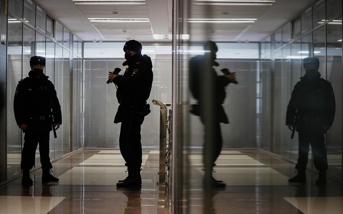 В ФБК опровергли отъезд своих сотрудников из России