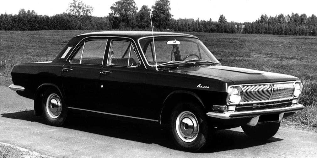 Специально для КГБ была разработана версия ГАЗ 24-24, получившая в народе кличку «дубль». Этот автомобиль имел 195-сильный мотор V8 и коробку передач от «Чайки». Использовались они в качестве машин сопровождения и преследования. В год выпускалось около 100 таких моделей. Отличить их можно было по парным патрубкам выхлопной системы.