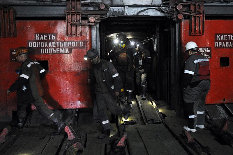 """Шахта """"Самсоновской Западной"""" """"Краснодонуголя"""", одного из крупнейших украинских предприятий по добыче коксующегося угля"""