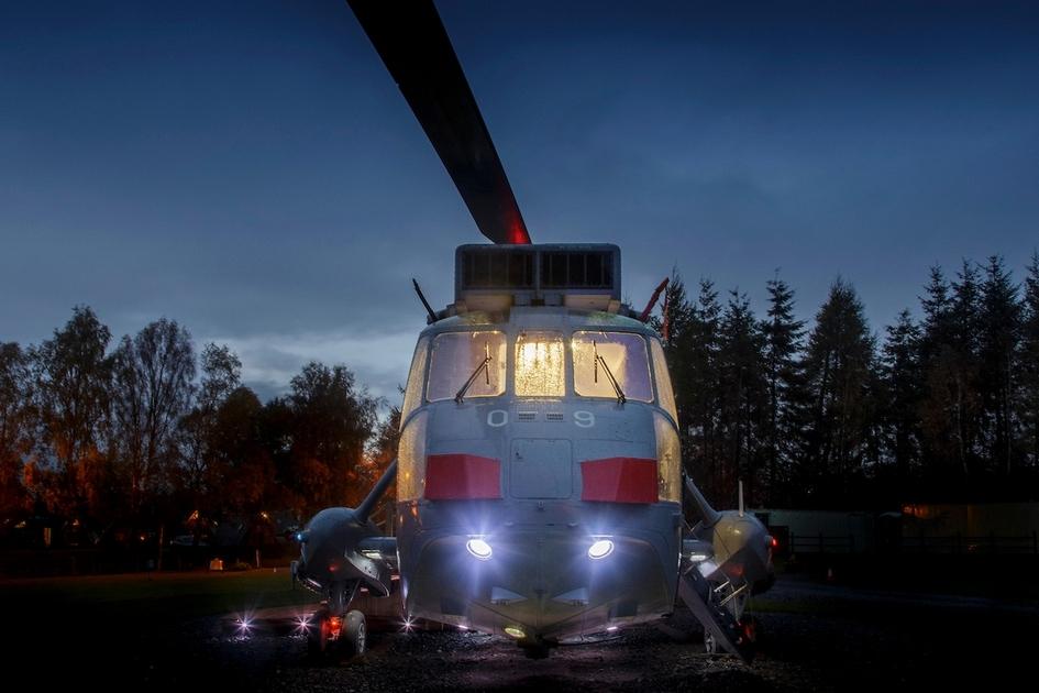 В прошлом году владельцы придали вертолету «товарный вид»: покрасили авиационной краской, вкрутили все необходимые лампочки, требуемые для полетов, а также заменили хвостовые роторы и вернули оригинальные лопасти