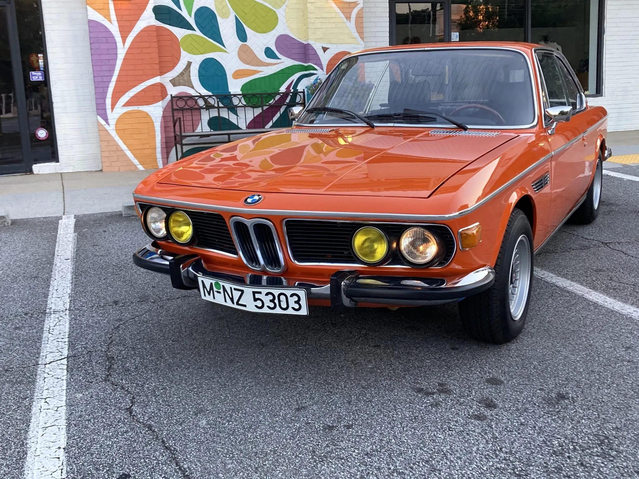 В США на аукцион попал винтажный BMW 1974 года