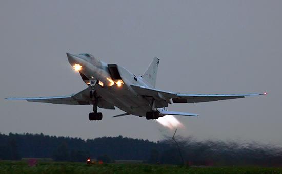 Россия перебросила дальние бомбардировщики Ту-22М3 в Иран
