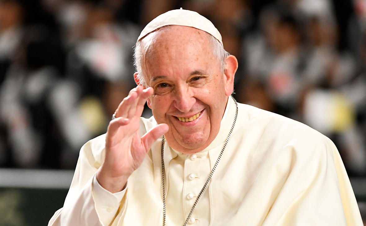 Папа римский Франциск направил приветствие Путину по пути из ...