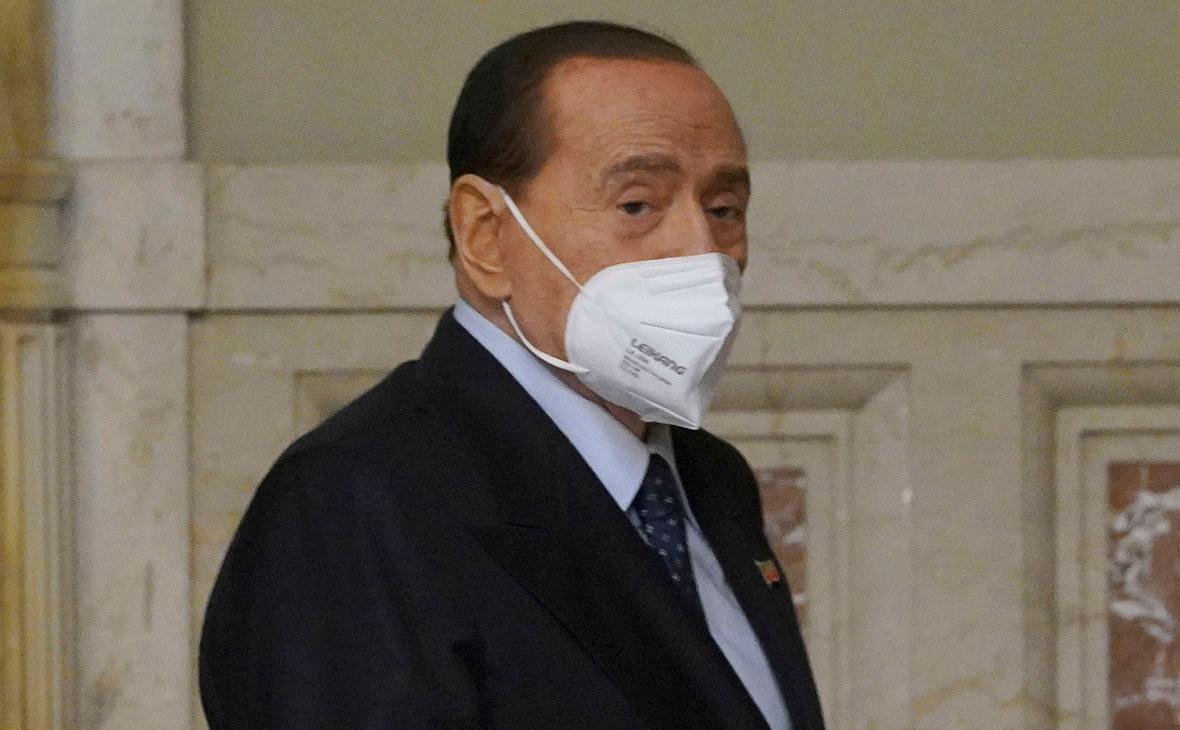 СМИ узнали о выписке Берлускони из больницы