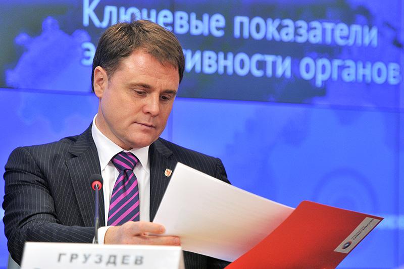 Губернатор Тульской области Владимир Груздев