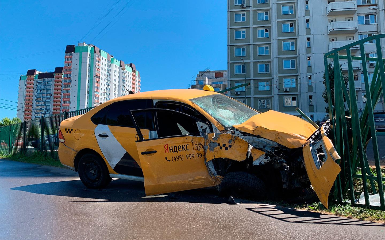 <p>Московские власти аргументируют создание системы слежения за водителями такси ростом числа аварий.</p>