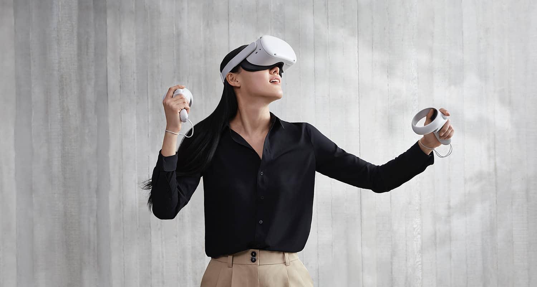 Сейчас в гарнитуре Oculus невозможно проходить весь день: она слишком неудобная. В будущем очки виртуальной реальности должны быть не больше Ray-Ban