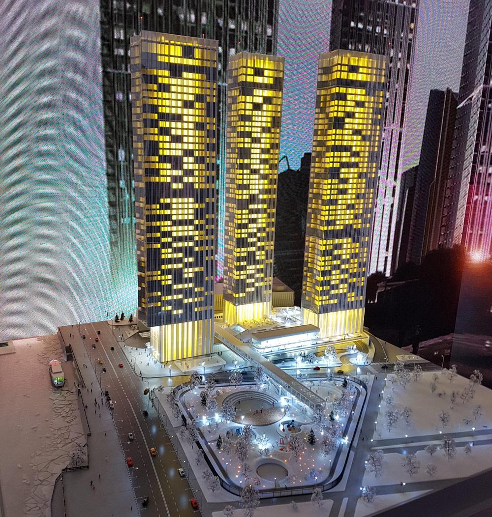Capital Group  Девелопер демонстрирует на форуме проект жилых небоскребов рядом с «Москва-Сити». Архитектурную концепцию трех высоток разработало бюро Sergey Skuratov Architects для девелоперской компании Capital Group