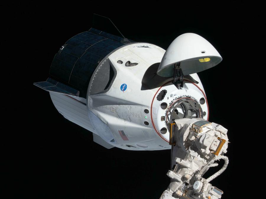 Космический корабль Crew Dragon, совершивший полет 16 сентября 2021 года с гражданскими лицами на борту