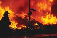 Фото: Почти 22 млн руб. выплатил Росгосстрах индивидуальному предпринимателю в Сургуте, у которого в результате пожара сгорела принадлежавшая ему гостиница.
