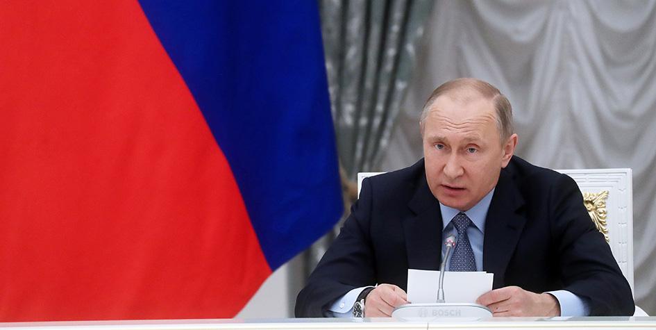 Президент РФ Владимир Путин в Кремле на заседании Совета при Президенте по стратегическому развитию и приоритетным проектам