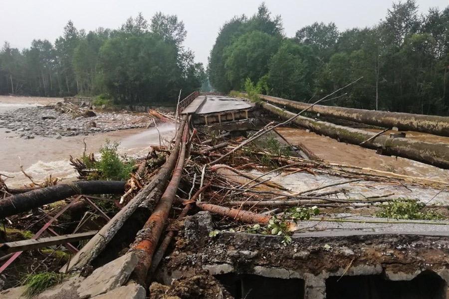 Мост через Солзан к Байкальскому целлюлозно-бумажному комбинату