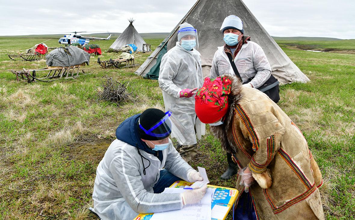 Во время досрочного голосования по поправкам в Конституцию в отдаленных населенных пунктах Приуральского района ЯНАО