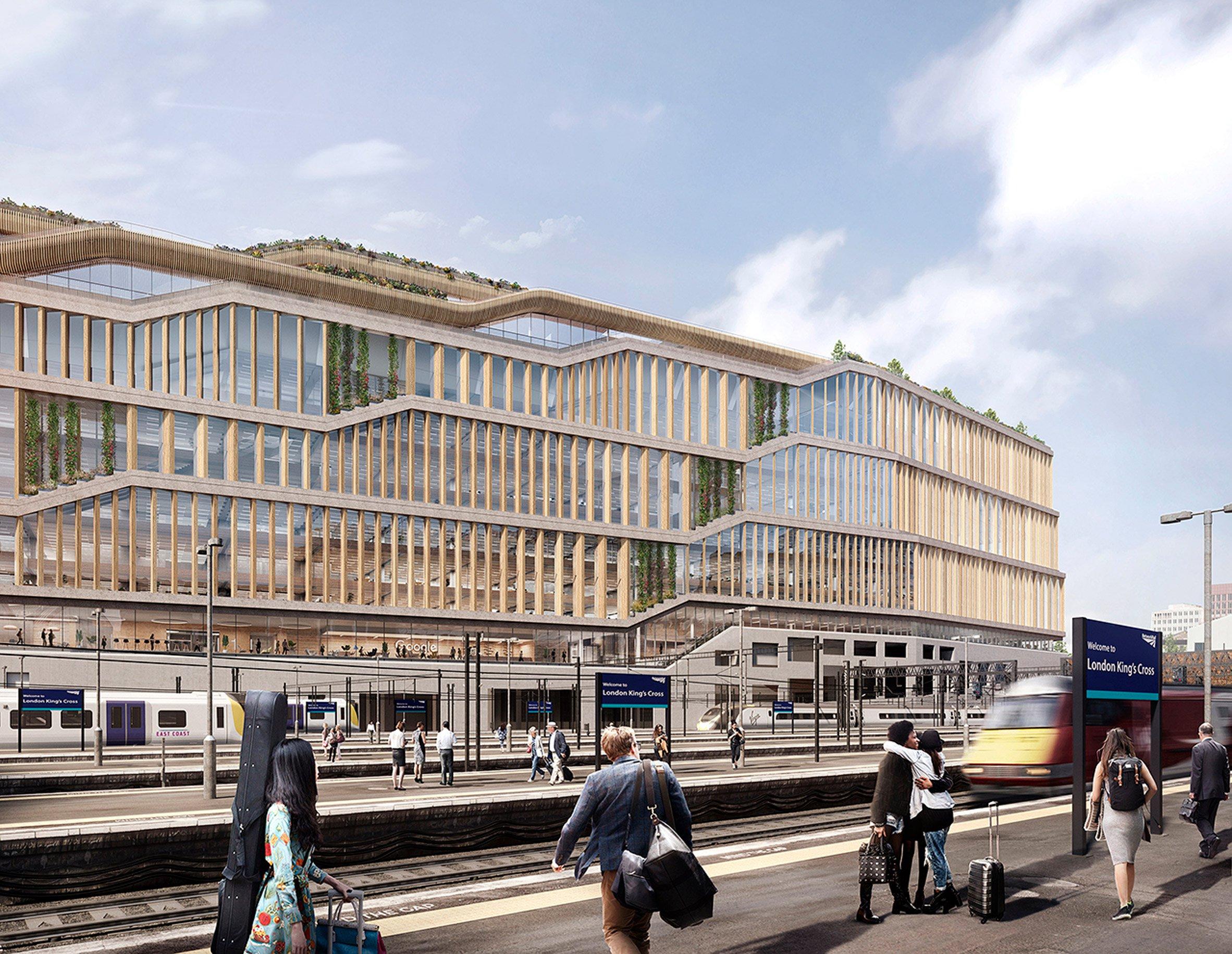 На данный момент персонал Google рассредоточен понескольким разным зданиям повсему Лондону, включаяплощадь привокзале Кингс Кросс