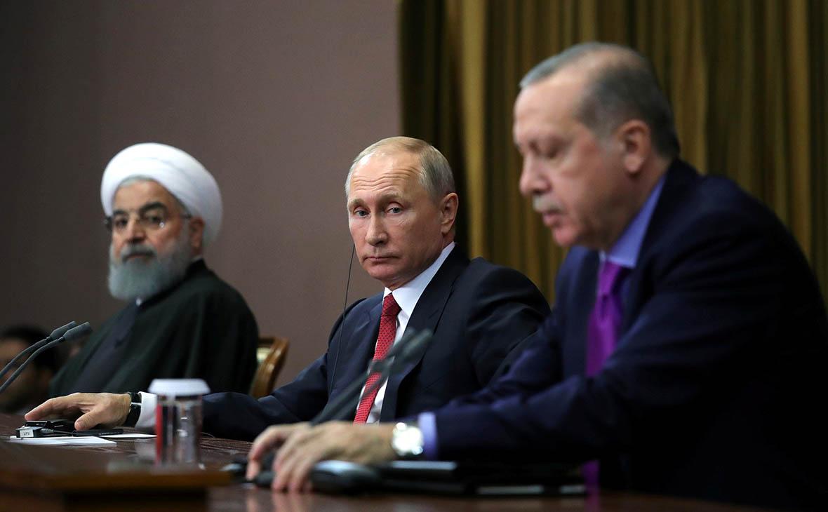 Владимир Путин с лидерами Ирана и Турции Хасаном Роухани(слева)и Реджепом Эрдоганом(справа)