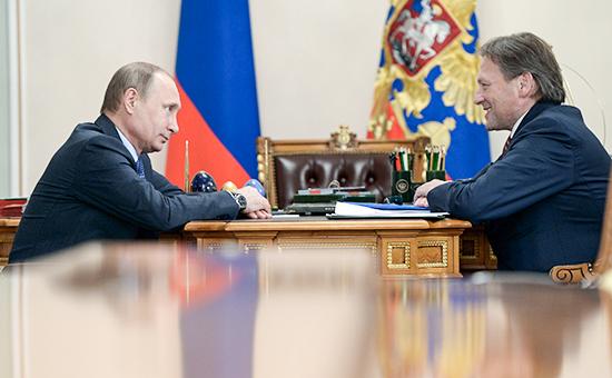 Президент России Владимир Путин и уполномоченный при президенте РФ по защите прав предпринимателей Борис Титов, апрель 2015 года