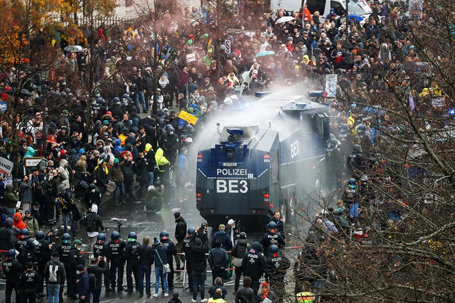 Фото:Fabrizio Bensch / Reuters