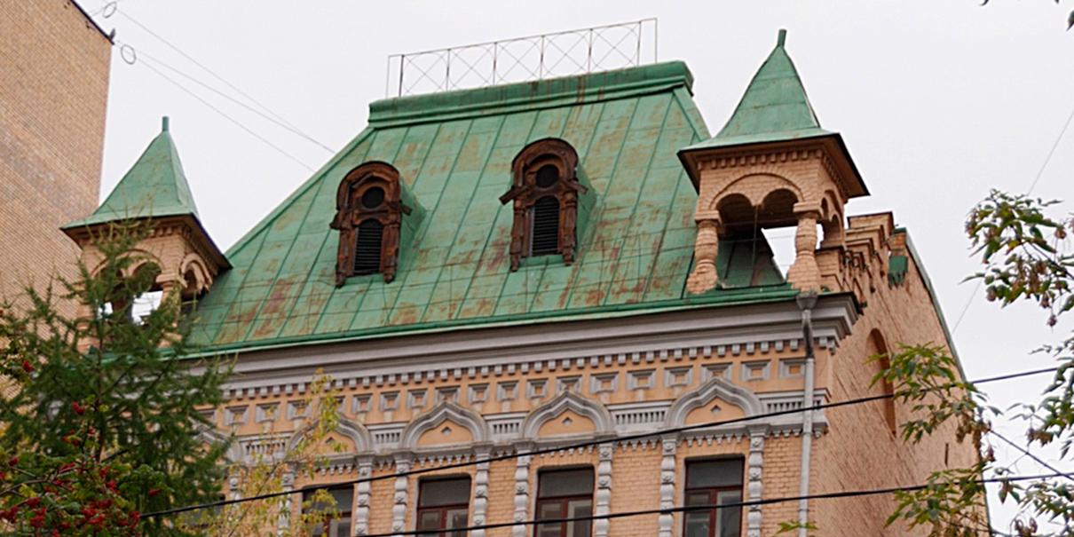 Элементы шатровой крыши и фасада