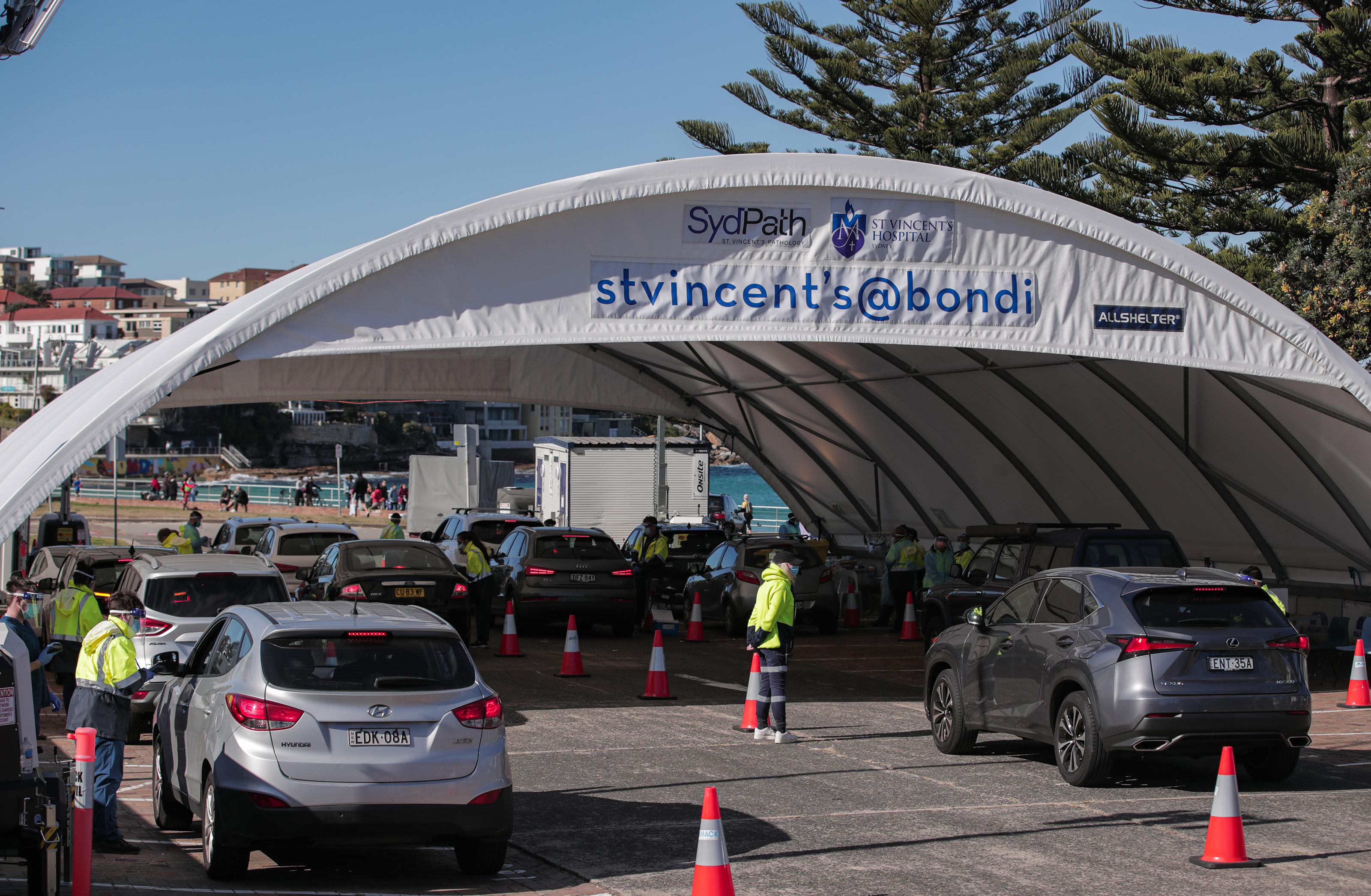 Полный локдаун в Сиднее из-за дельта-штамма коронавируса. Фоторепортаж