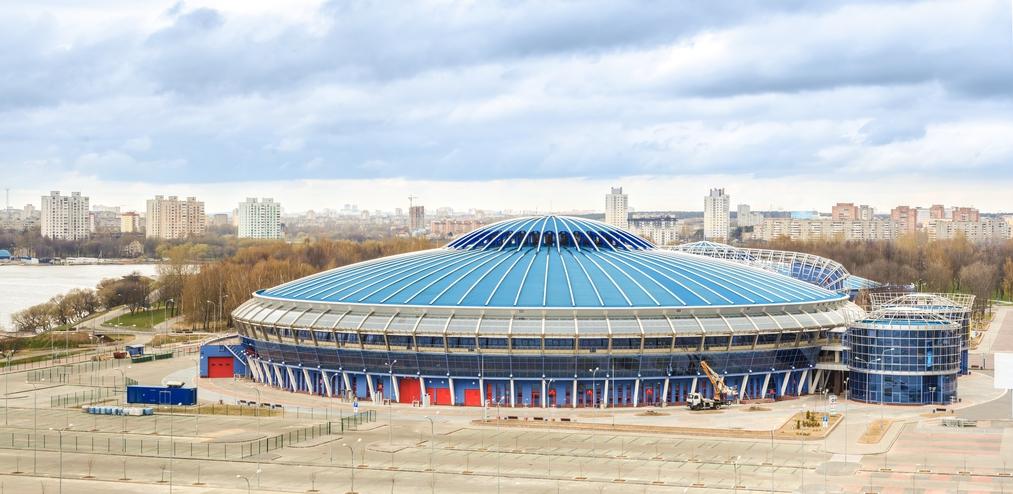 Чижовка-Арена - многофункциональный спортивно-развлекательный комплекс в Минске, который станет второй площадкой чемпионата мира по хоккею 2014г.