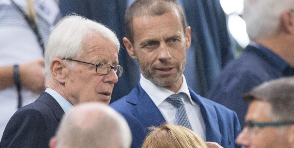 Президент УЕФА Александер Чеферин (справа)