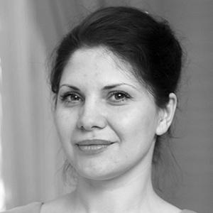 Елена Изюмова