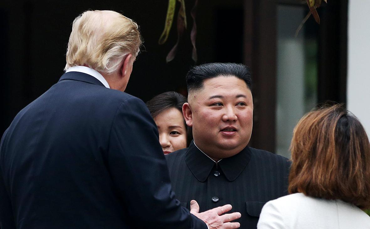 Дональд Трамп и Ким Чен Ын (слева направо)