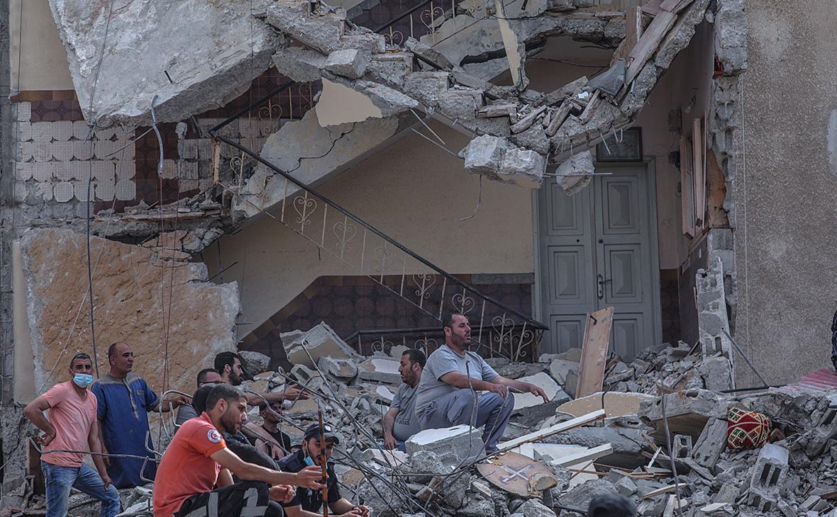 Последствия ракетного обстрела сектора Газа со стороны Израиля