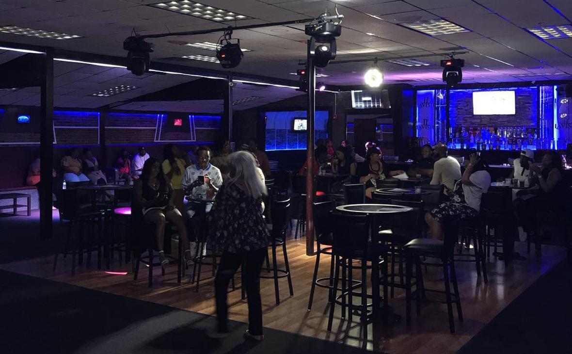 Клуб Lavish Lounge