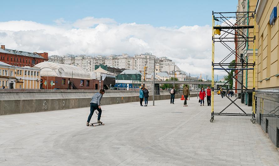 Внешний вид нового пешеходного пространства наЯкиманской набережной