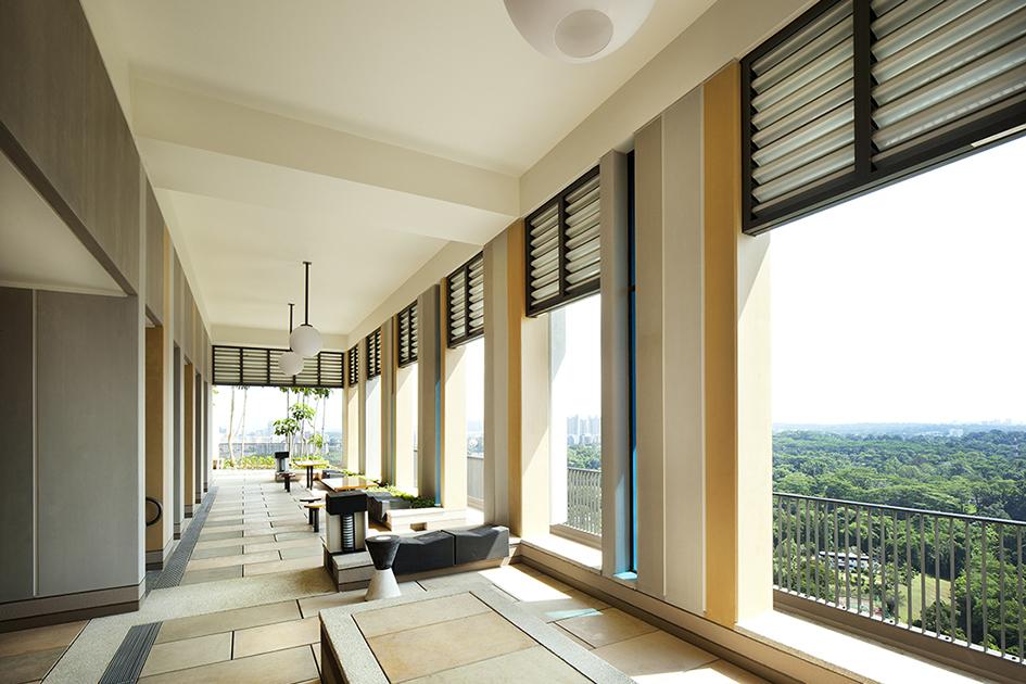Внутри жилых помещений нет колонн инесущих стен, чтопозволяет сохранить свободную планировку вкаждой квартире. На выбор предлагаются лоты трех разных площадей