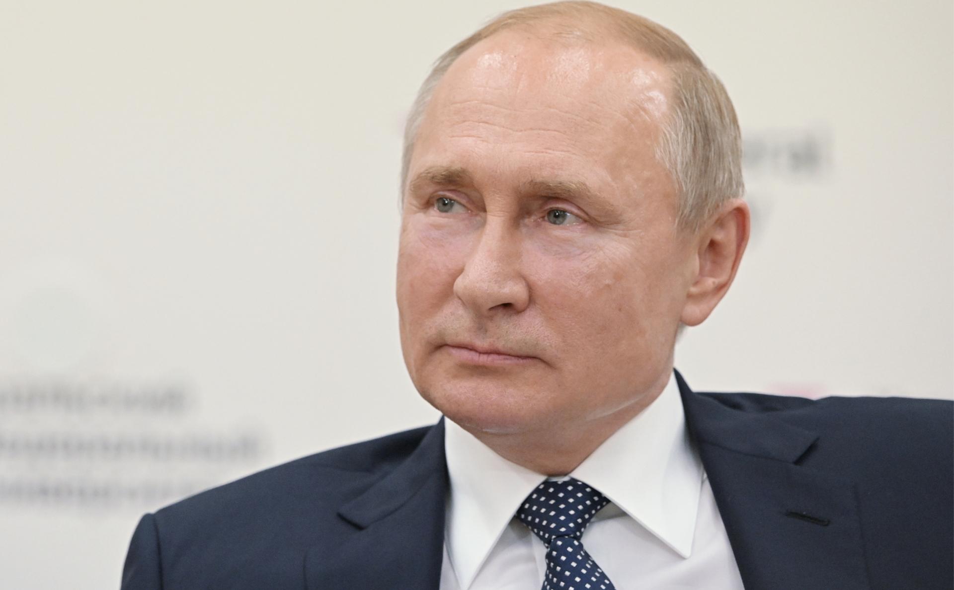 Владимир Путин расскажет о разработках новейшего гиперзвукового вооружения