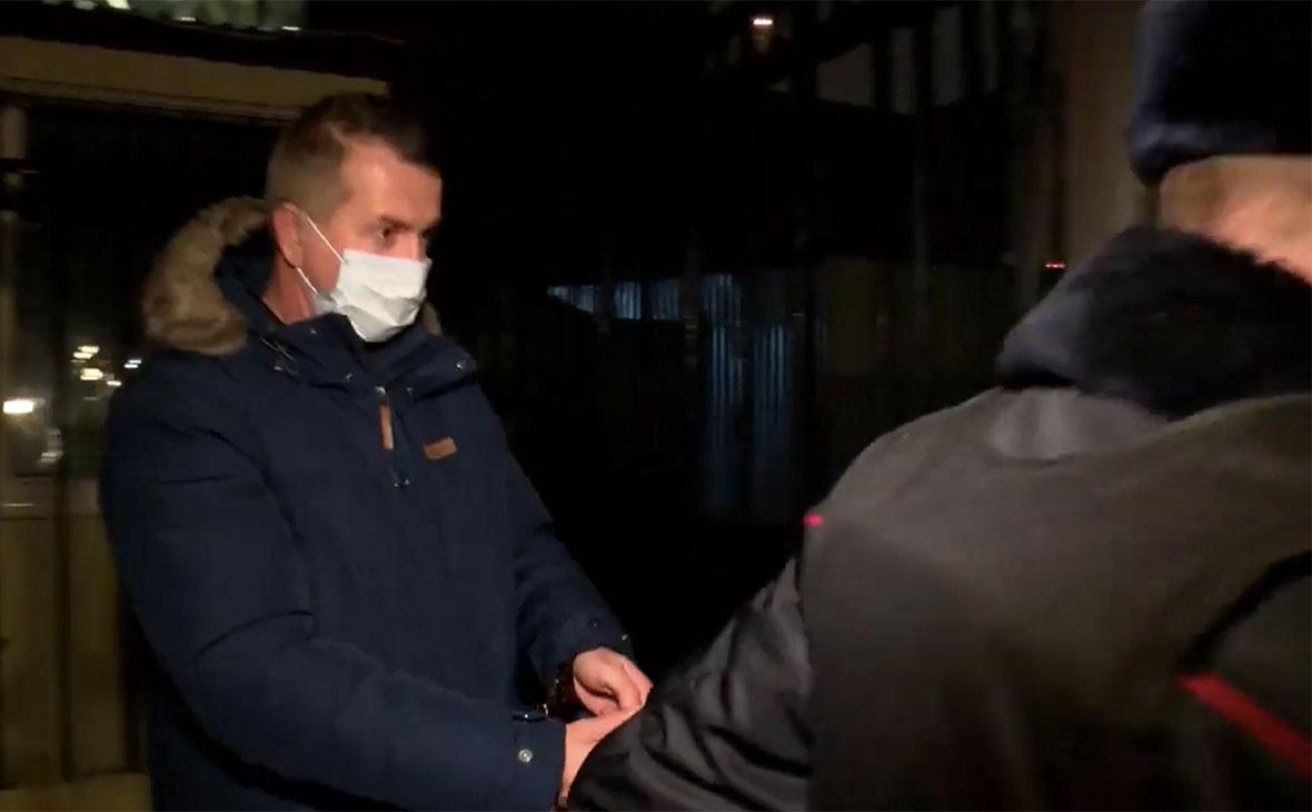Валерий Максименко перед доставкой в изолятор временного содержания
