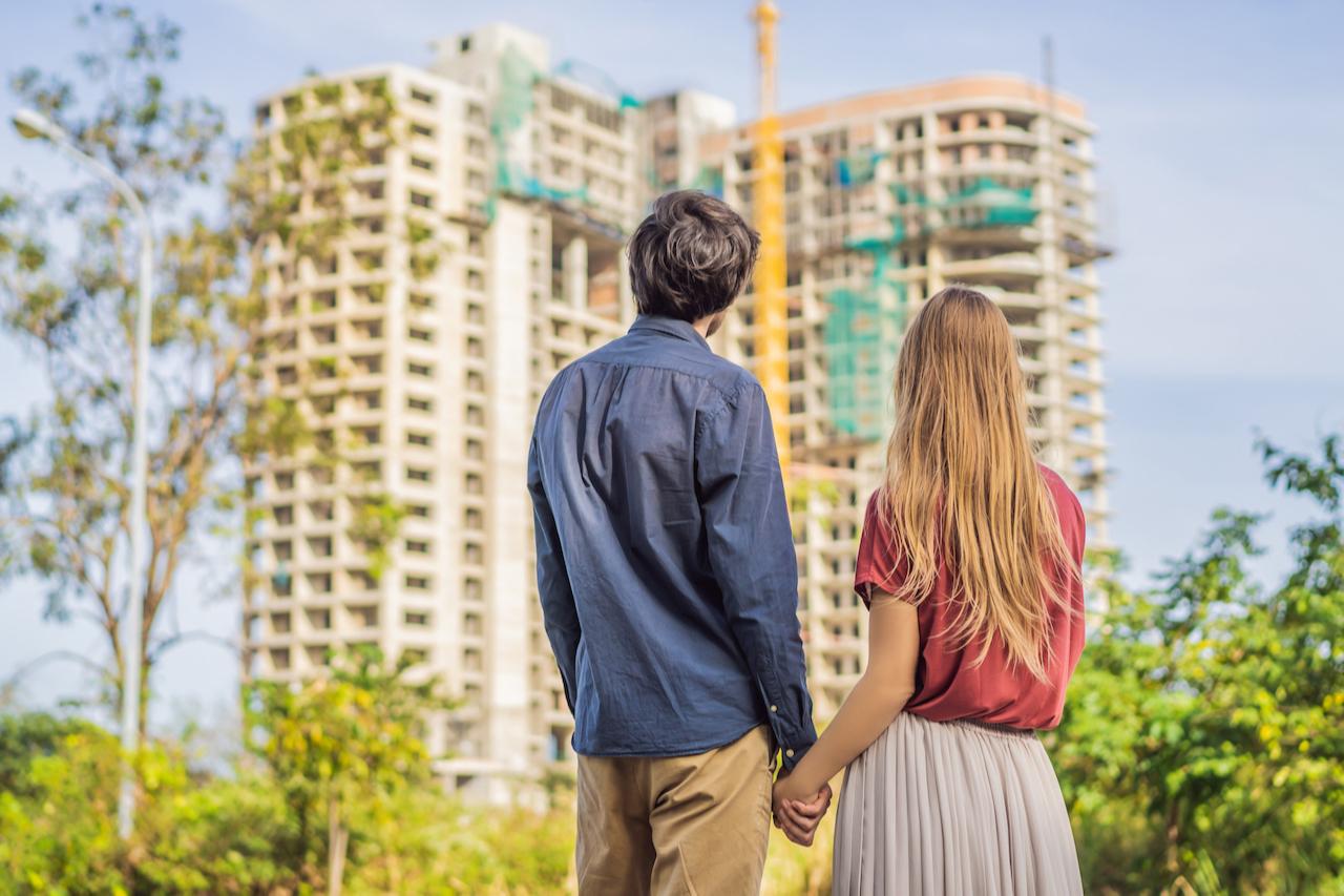 Основным риском расторжения договора для дольщика эксперты называют невозможность застройщика вернуть уплаченные за квартиру деньги из-за финансовой нестабильности