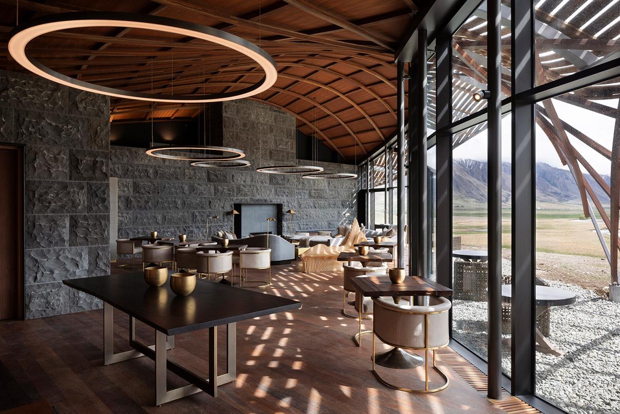 Отель Lindis Lodge