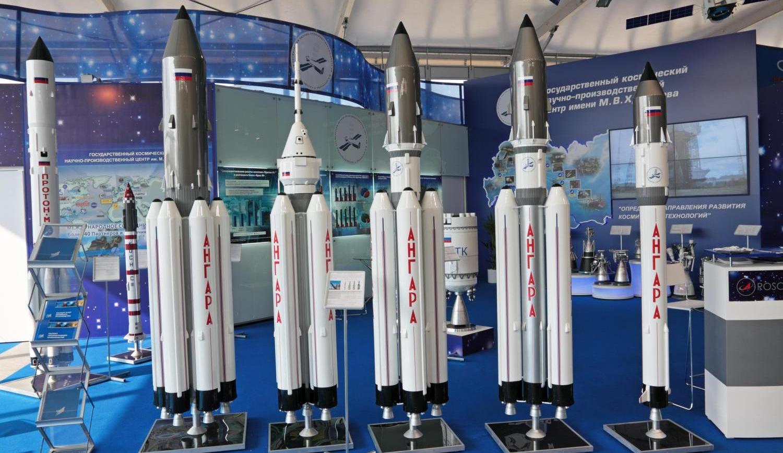 Модель ракеты-носителя «Ангара-1.2»