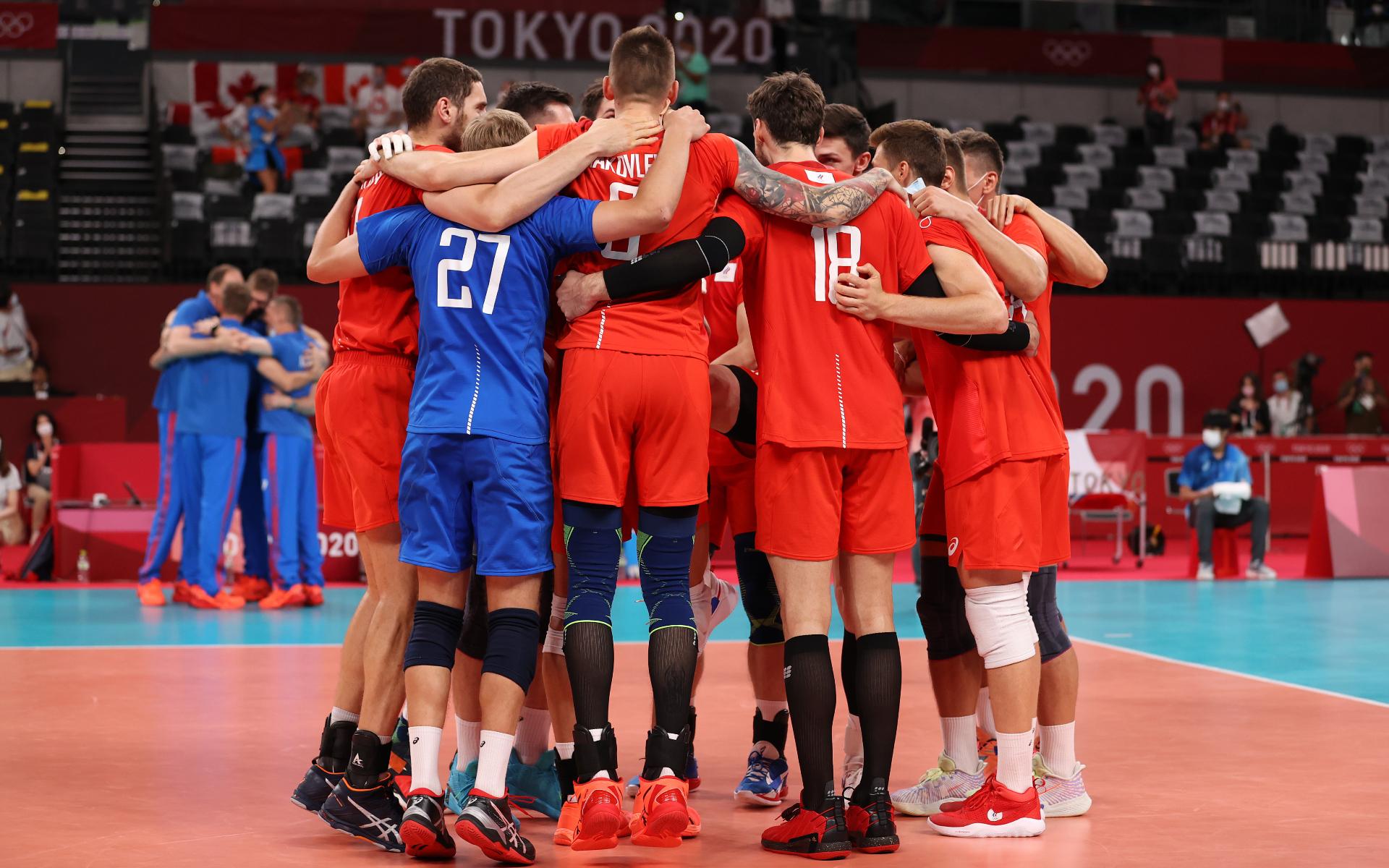 Фото: Мужская сборная России по волейболу  (Photo by Toru Hanai/Getty Images)