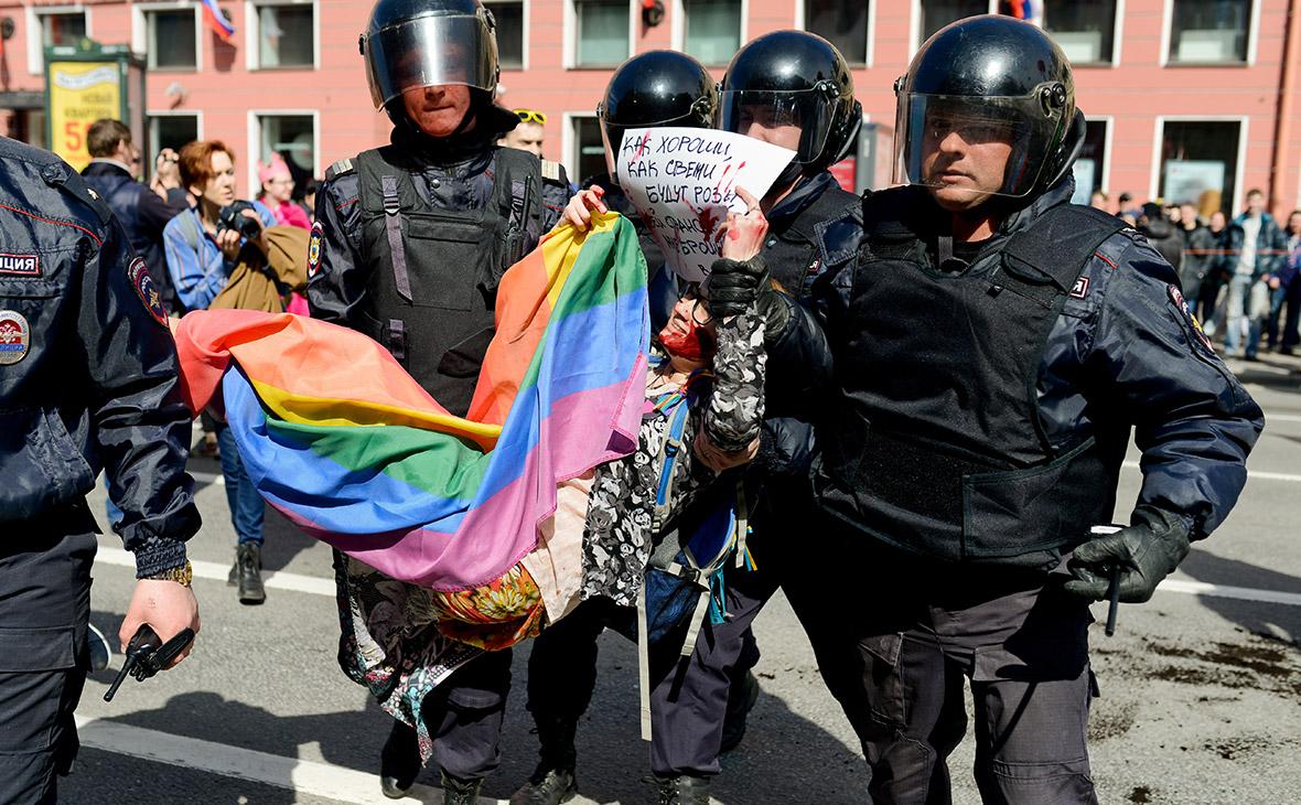 Алексей бондаренко гей