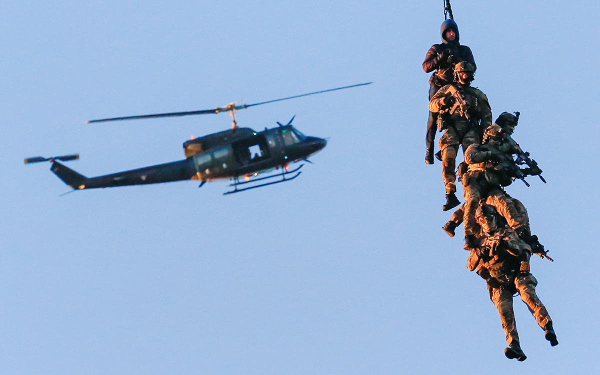 Боррелю поручили к ноябрю представить проект военной концепции ЕС