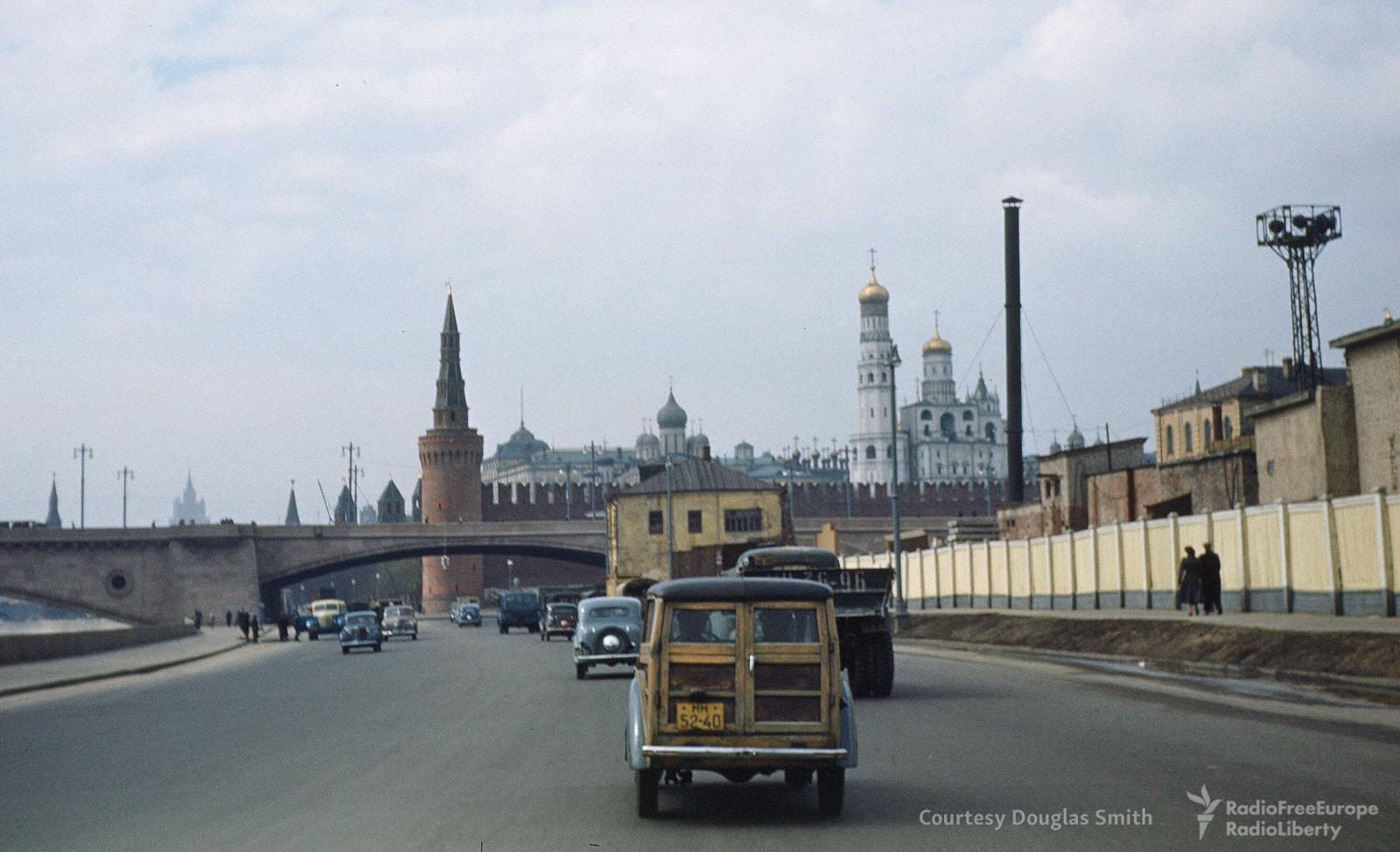 Вид наКремль сМоскворецкой набережной
