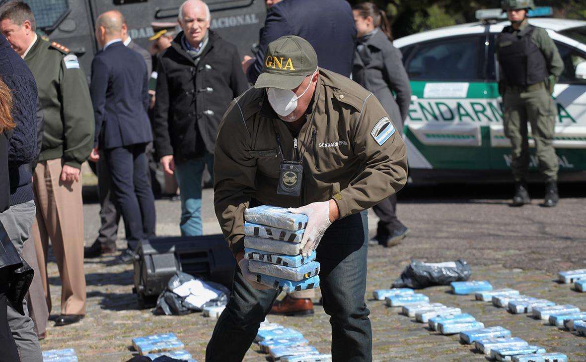 Уничтожение крупной партии наркотиков, обнаруженной в одном из зданий посольства России в Буэнос-Айресе, 21 августа 2018 г.