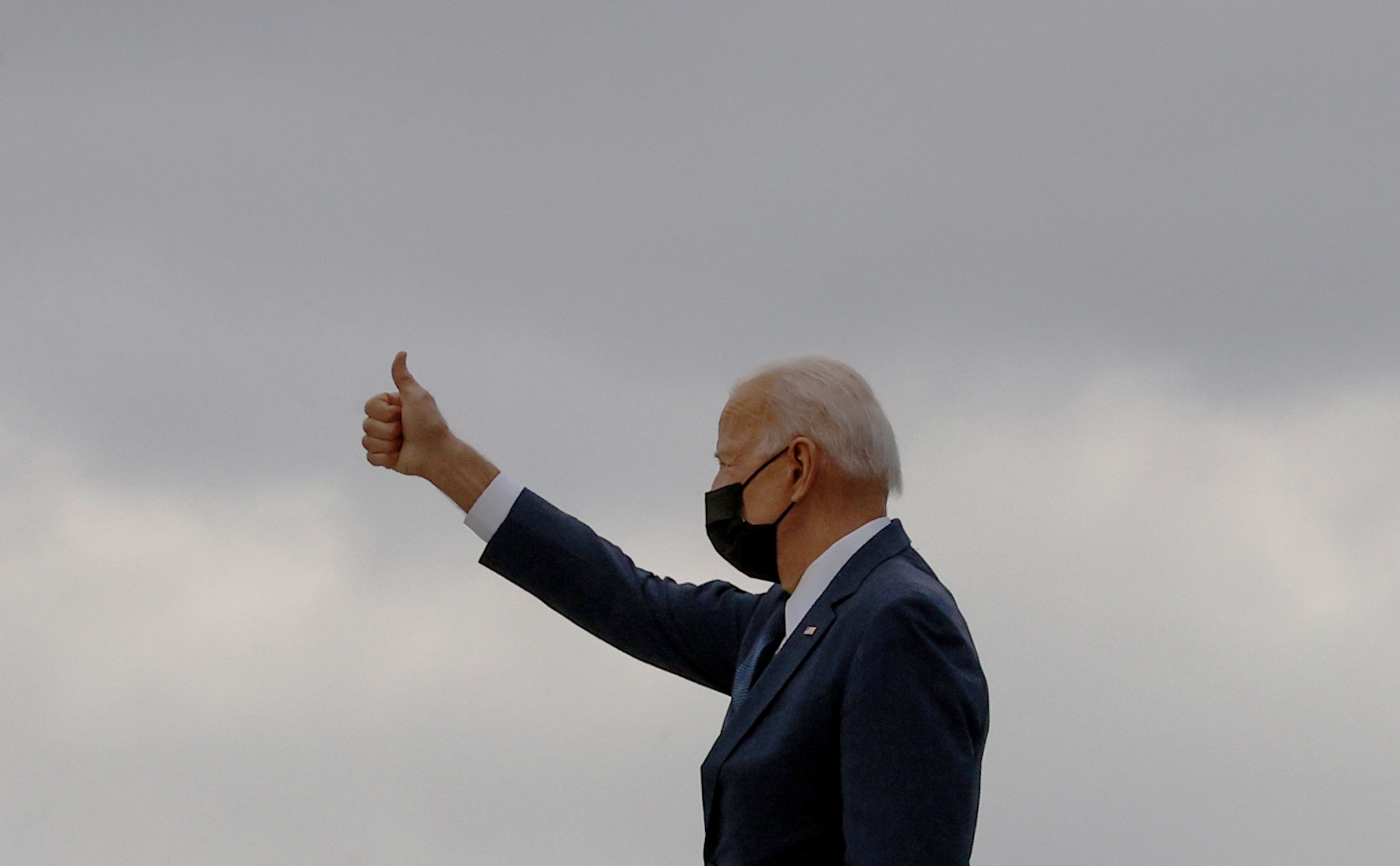 Байден представил план по развитию инфраструктуры на $2 трлн