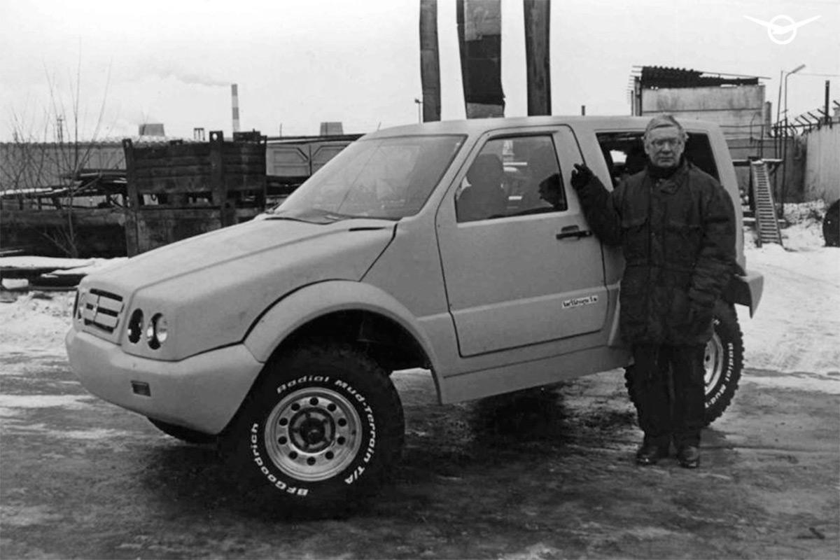 <p>&laquo;Рюрик&raquo; отличался от донорского УАЗ-469 принципиально новым современным кузовом.</p>