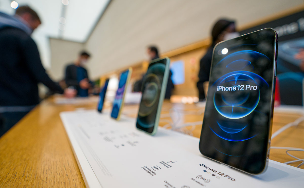 ФАС оштрафовала Apple на 906 млн